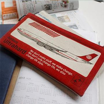Ultrahard Lab Series 筆袋Bon Voyage 紅色班機